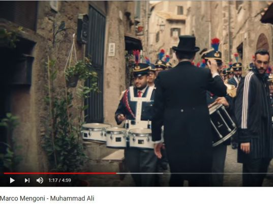 YouTube: Marco Mengoni - Muhammad Ali