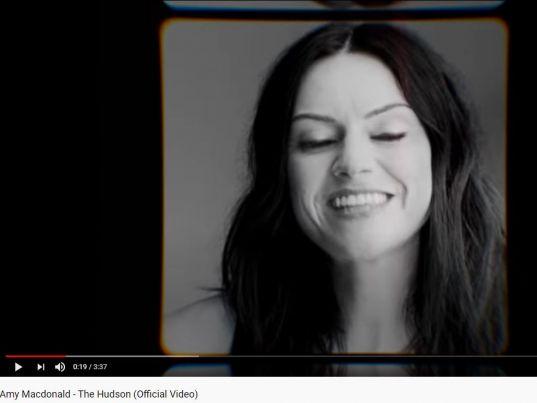 YouTube: Amy Macdonald - The Hudson