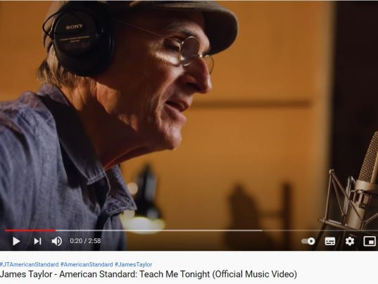 YouTube: James Taylor - Teach Me Tonight